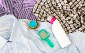 отмыть смолу с одежды