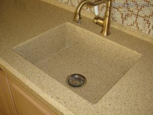 Чем чистить раковину из искусственного камня