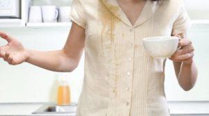 Чем и как отстирать кофе с одежды дома