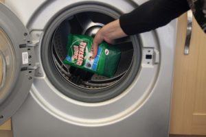 Чем и как почистить барабан стиральной машины