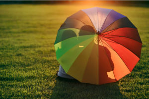 Чем и как почистить зонт в домашних условиях