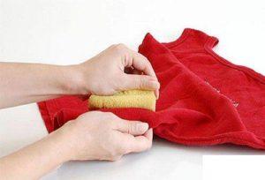 Чем можно отстирать корректор с одежды в домашних условиях