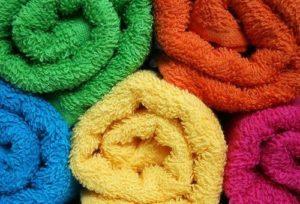 Как эффективно смягчить полотенца после стирки