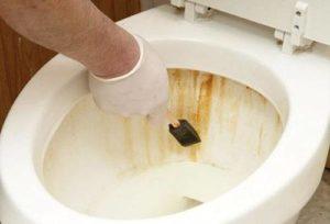 Как и чем можно отмыть ржавчину в унитазе