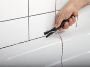 Как и чем убрать плесень в ванной