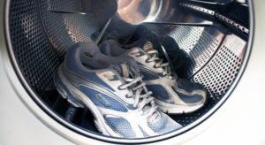 Как и в каком режиме постирать кроссовки в стиральной машине