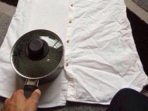 Как погладить рубашку без утюга, и возможно ли это