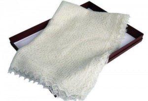 Как постирать пуховый платок в домашних условиях