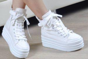 Как правильно отбелить белые шнурки