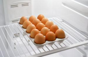 Можно ли хранить вареные яйца в морозилке